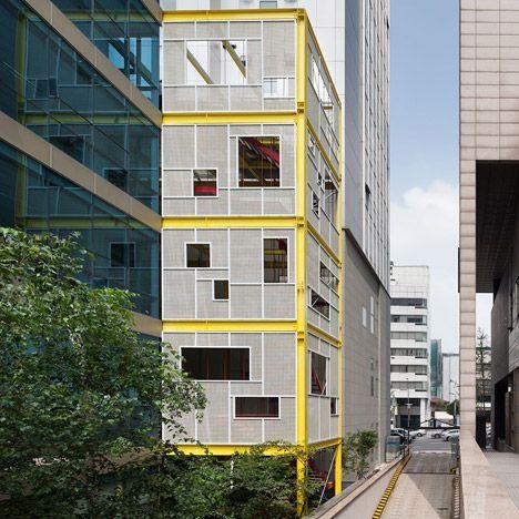 Moon Hoon creates an urban greenhouse on a narrow Seoul plot