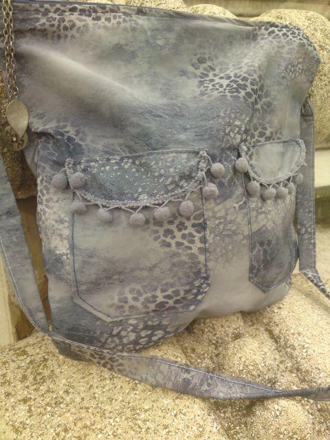 Bohém  szürke mintás női táska, Táska, Válltáska, oldaltáska, Remek bohém női táska a mindennapokra. Méret 36/36 cm Vállpánt hossza 100cm/2,5cm 2 külső zs..., Meska