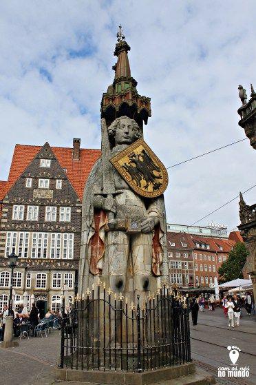 Estatua Roland Bremen - com 5,5 metros de altura. Roland foi erguido em 1404, na Praça do Mercado, inspirado em um cavaleiro da idade média.