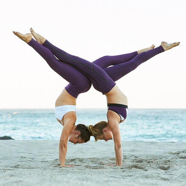 Best 25 Acro Yoga Poses Ideas On Head Stand Beginner
