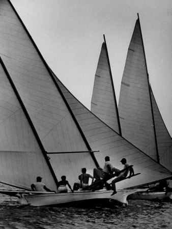 Log Canoe Sailboats Racing on the Chesapeake Bay.  Ahh, home.  I miss you so.  #sail