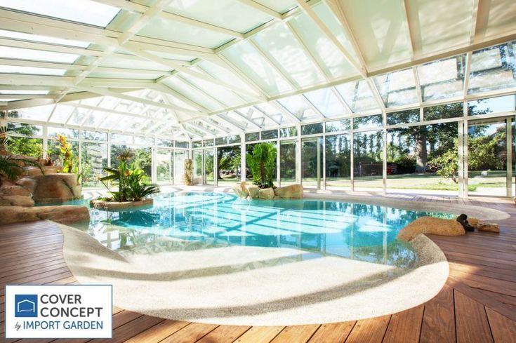 Véranda piscine à toiture doubles vitrages et panneaux