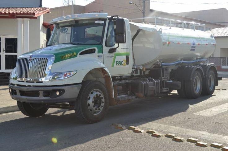 Resultado de imagem para foto caminhão pipa prefeitura campo grande rn