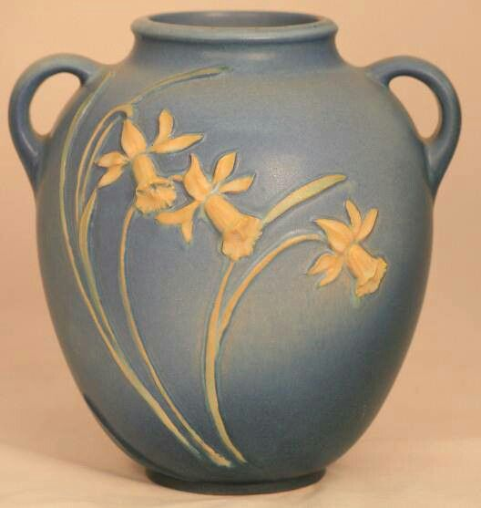 Roseville Pottery - Experimental - Daffodils