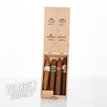 Toller, limitierter Zigarren Sampler von Villiger   Im Villiger Edicion Limitada 2015 Zigarren Sampler sind vier Zigarren aus folgenden Längern enthalten: Nicaragua, Honduras, Brasilien und der Dominikanischen Republik.   Verpackt in einer schönen Holzkiste, ein perfektes und preiswertes Geschenk für Weihnachten.   Nur 29,-- Euro