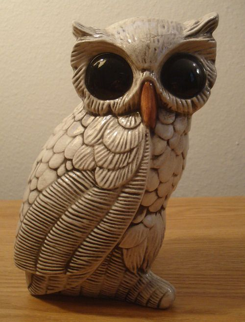Marvelous Vintage Ceramic White Owl With Black Eyes Figurine Statue Scary Bird Art  Decor