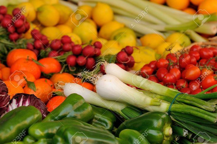 Verdure Del Mercato Foto Royalty Free, Immagini, Immagini E Archivi Fotografici. Image 17130407.