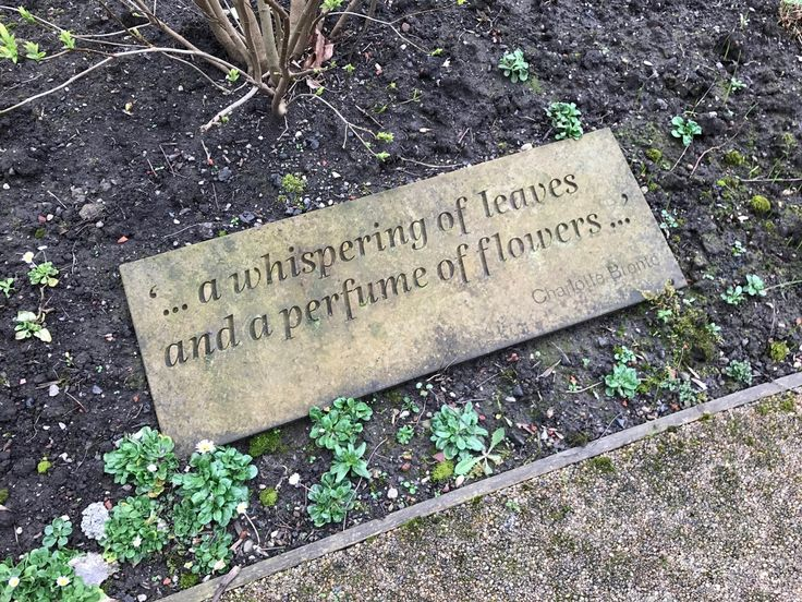 A blog about interesting and amusing signs: building, street, shop and ghost signs, with photos and history. Mostly Manchester, Stockport, London.