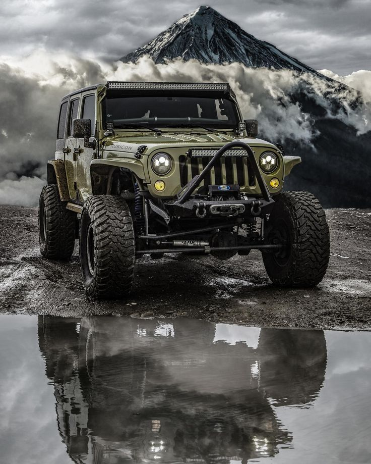 Hundred Shots of Off-Road Mania Every Man Must See #offroad #truck #jeep #4×4 #adventure