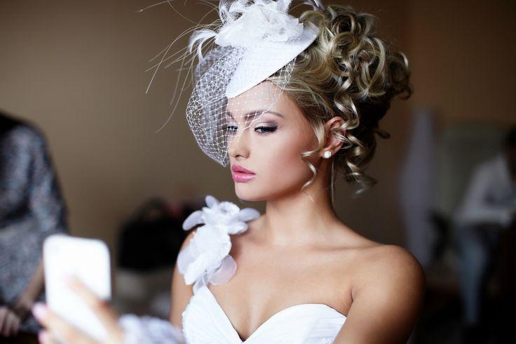 ヘッドピースでヘアスタイル美人!3つのヘアスタイル&参考画像まとめ