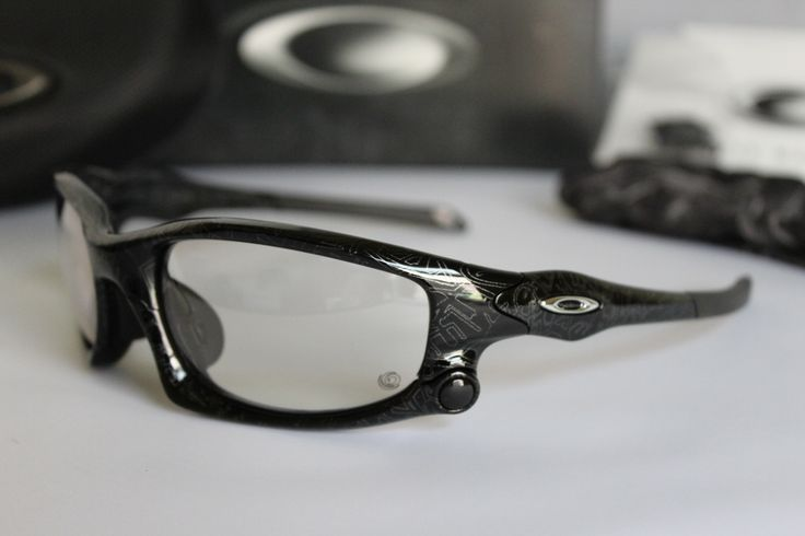 oakley split jacket asian fit sunglasses  black/silver ghost text oakley split jacket sunglasses http://oakleyforum/threads/split jacket black silver ghost text oo9138 07.42032/