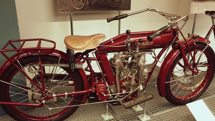#motorbike #prague #praha #czechrepublic #traveler #tourism #history #museum