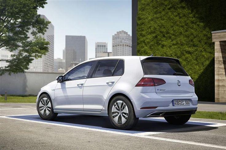 Awesome Volkswagen 2017: VOLKSWAGEN GOLF DIESEL HATCHBACK 2.0 TDI 184 GTD 5dr DSG... Car24 - World Bayers Check more at http://car24.top/2017/2017/04/11/volkswagen-2017-volkswagen-golf-diesel-hatchback-2-0-tdi-184-gtd-5dr-dsg-car24-world-bayers/