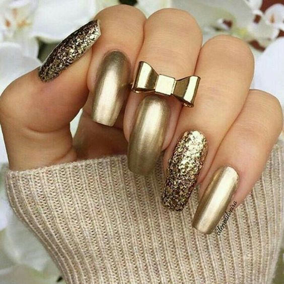 Gold Glitter Nails With Bow