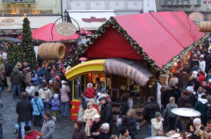 一番有名なクりスマスマーケットは旧市街広場やヴ ァーツラフ広場などで行なわれます。  #Roboraion #czech #christmas #market #culture