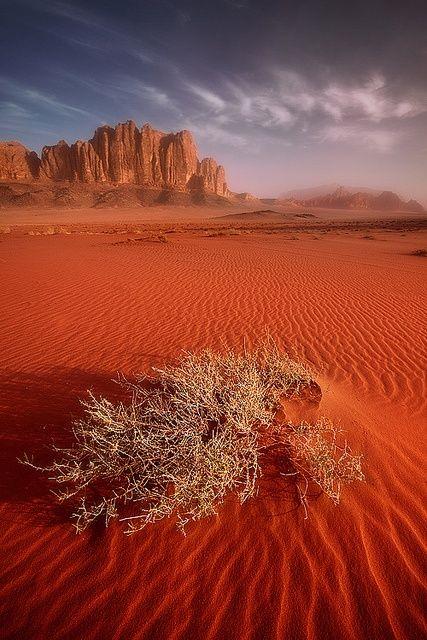 Sunrise over the desert of Wadi Rum, Jordan
