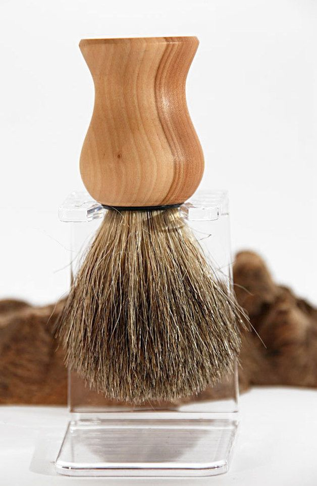 Rasierpinsel // wooden shaving brush via DaWanda.com
