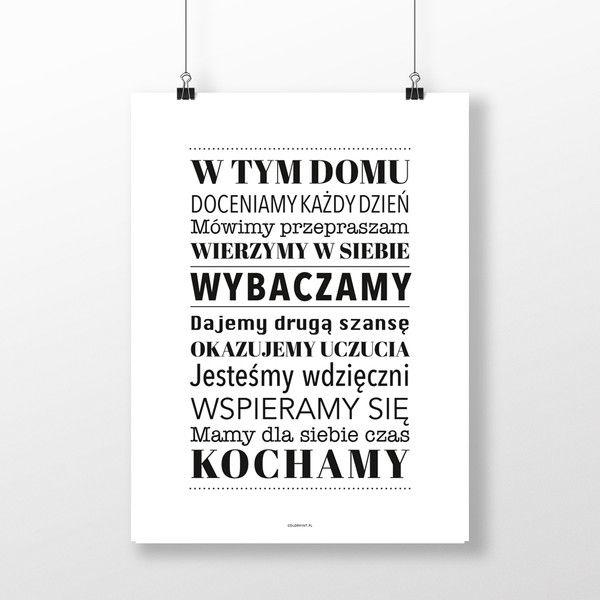 PLAKAT z napisem: W TYM DOMU ... - 40x50 cm - colormint - Ozdoby na ścianę