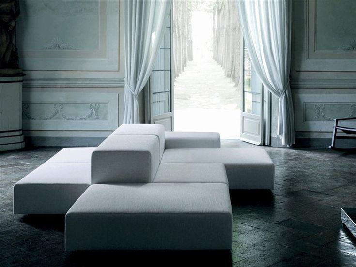 Sofá secional com estojo removível Coleção Extra Wall by Living Divani | design Piero Lissoni