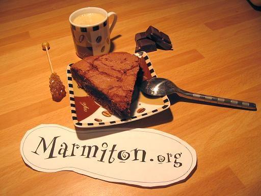 Gâteau au chocolat express : Recette de Gâteau au chocolat express - Marmiton