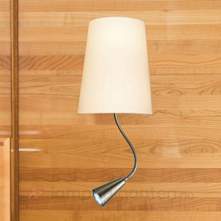 Chino vegglampe med integrert LED-leselys 7517144