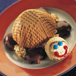 """Turtle sundaes incorporating """"turtle"""" ice cream AND candies? Yes please!"""