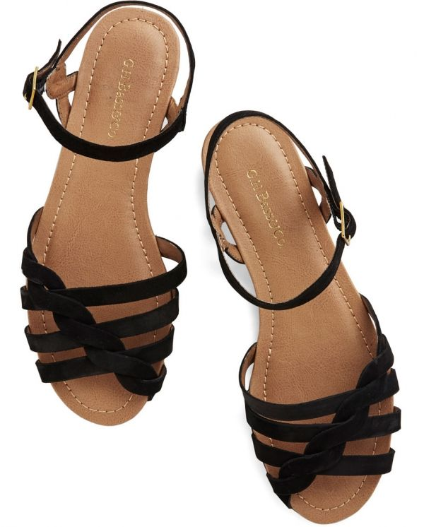 footwear,brown,shoe,leg,sandal,