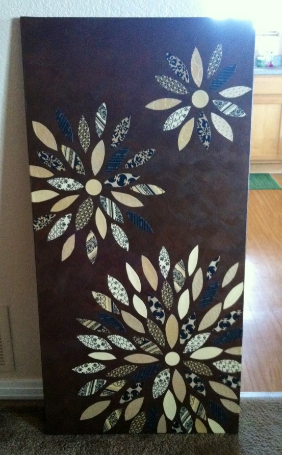 spare bedroom decor - blue brown and beige. Would be easy to do with a stencil, scrapbook paper, paint and canvas