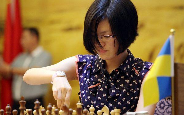 Yifan Hou gana el campeonato del mundo de ajedrez femenino