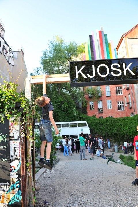 Kjosk, il bar-bus di Kreuzberg