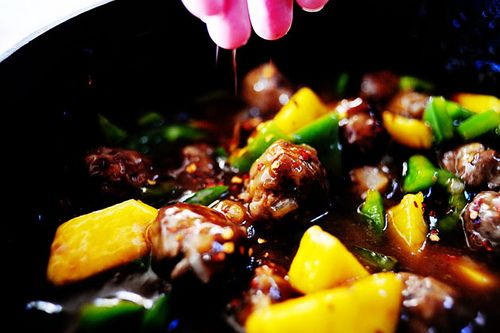 Meatballs with Peppers and Pineapple | Recipe