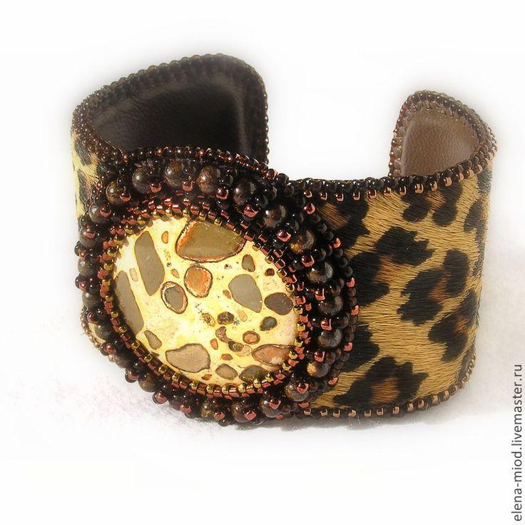 """Купить Браслет с мехом """"Сафари"""" (риолит) - коричневый, леопардовый принт, натуральный камень, леопард, риолит"""