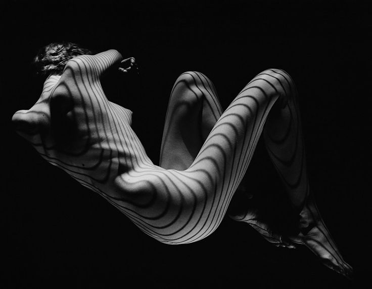 Dress of Light: los desnudos de Heinrich Heidersberger - See more at: http://culturacolectiva.com/dress-of-light-los-desnudos-de-heinrich-heidersberger/#sthash.oAw6VVC7.dpuf