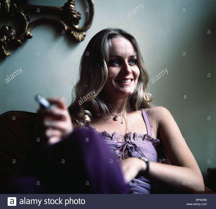 TWIGGY MODEL & ACTRESS (1978) Stock Photo