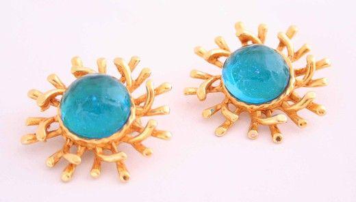 Винтажные клипсы. Металл, стекло. Марка: Pilippe Ferrandis. #vintage #jewellery #jewelry #trendy #style #chic #women #gift