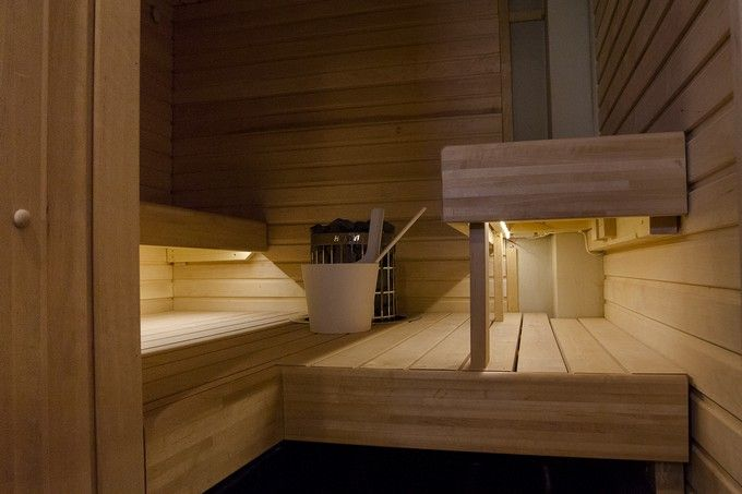 Pienen saunan valaistus onnistuu tyylikkäästi valonauhalla. http://www.winled.fi/