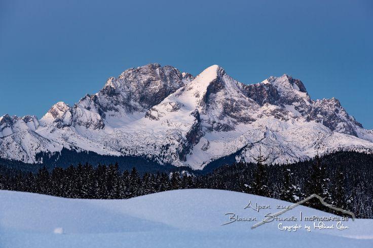 """Alpen zur Blauen Stunde - Mehr von mir auf:  * <a href=""""http://www.mcphotoarts.de/"""">mcPhotoArts - Photoblog</a> * <a href=""""http://heimatblende.de/"""">Heimatblende - Die Heimat von 4 Fotografen</a>"""