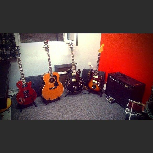 Μαθήματα κιθάρας στο Σπίρτο