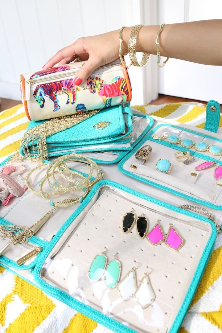 Kendra Scott jewelry travel cases on Haute off the Rack.