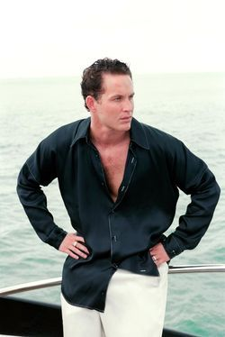 2 Fast 2 Furious (2003) Cole Hauser plays the role of Carter Verone, a ruthless Argentinian born Miami drug lord and the main antagonist of 2 Fast 2 Furious. He is exceedingly rich, owns many properties, including a mansion, boat yard, and trailer park. His bodyguards are Enrique and Roberto. US Customs Agent Monica Fuentes is under his employ, and it is suggested that they have an intimate sensual relationship.