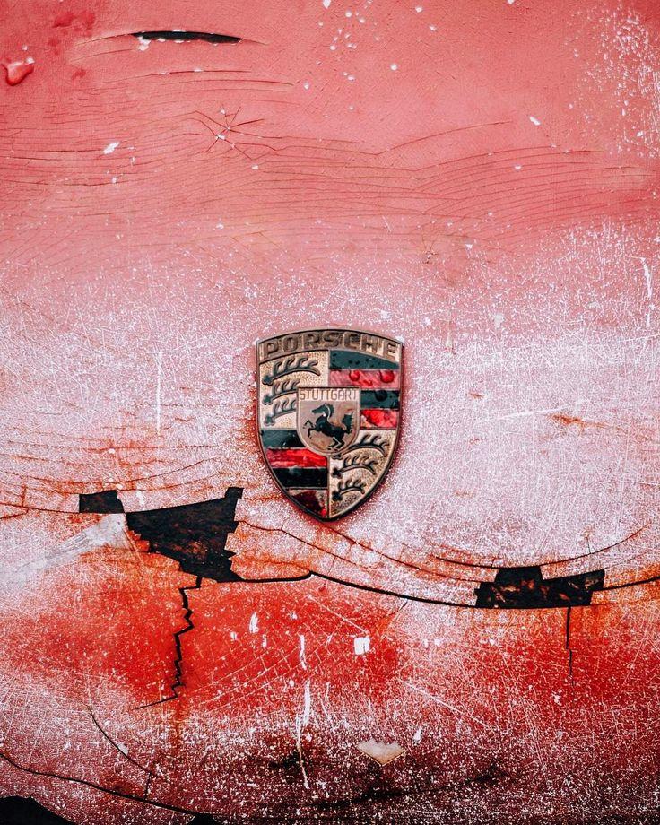 Our full gallery from yesterday's groundbreaking @luftgekuhlt 4, now live on Petrolicious.com • : @tedgushue • #DriveTastefully #Porsche