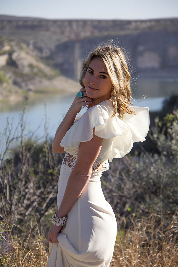 This ruffle cream dress is stunning in the West Texas landscape during our weekend vacation to Big Bend.