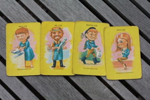 Cod family - Happy Families vintage card game - Candepop