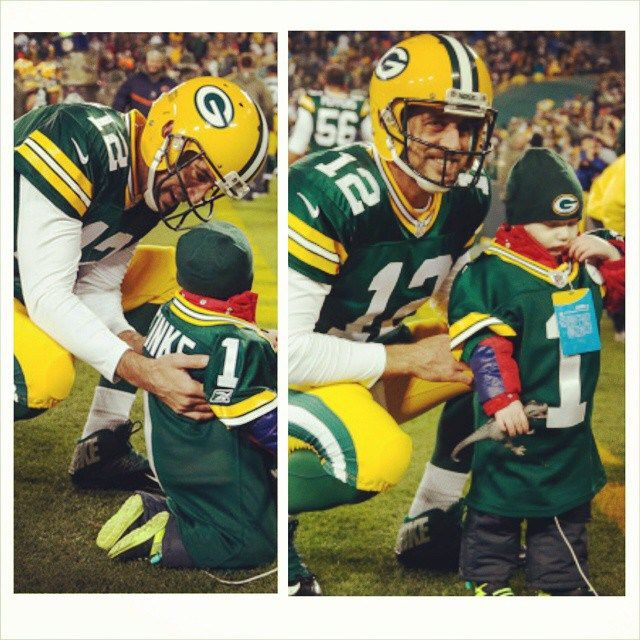 Aaron Rodgers Make a Wish <3 <3 <3 <3
