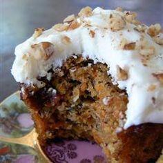 Carrot cake, oftewel: worteltjestaart!  http://allrecipes.nl/recept/1444/wortelcake.aspx