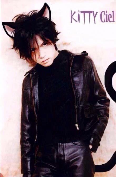 Hyde 一个用身高换取了美貌的男人「雾...
