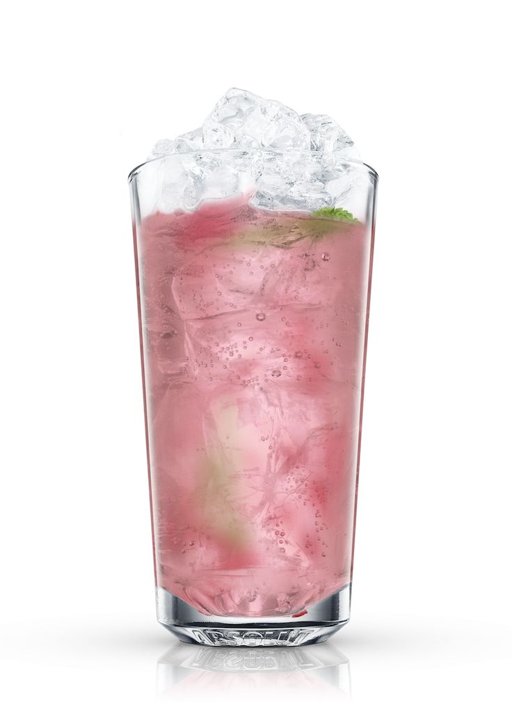 The spring season is one of the best opportunities to experiment with cocktails and non-alcoholic drinks. Learn how to blending hot and cold flavors and elements to match the ever-changing season. Check out these drinks for the perfect mix, topped off with fresh, seasonal fruit.