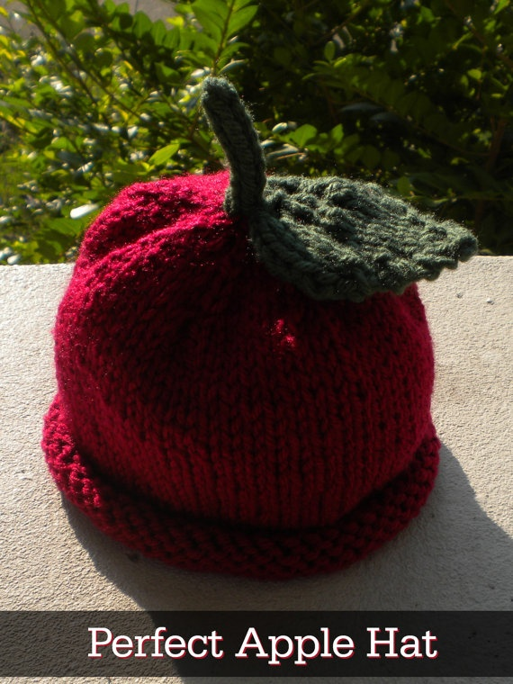 Apple Hat for Adult!  This would be awesome for the apple orchard field trip. :)