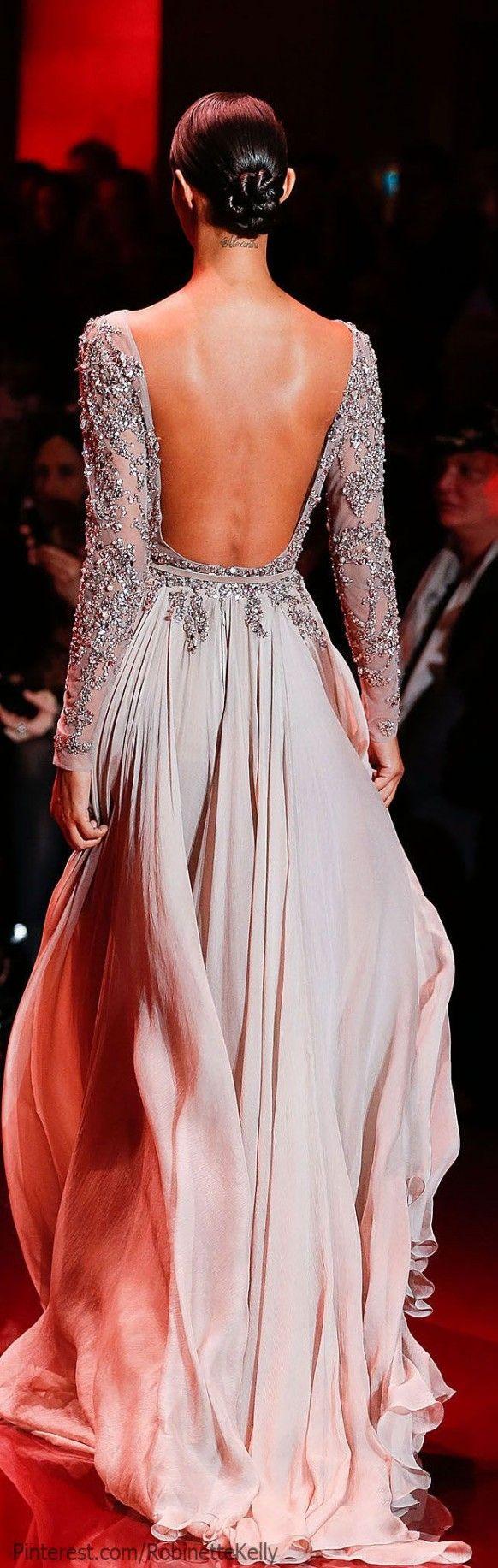 Vestido de novia en gris perla con gran escote en la espalda - Elie Saab Alta Costura