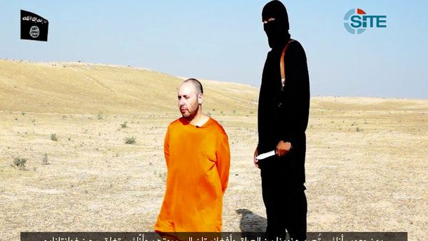 Video Claims to Show U.S. Reporter Steven Sotloff's Beheading by ISIS